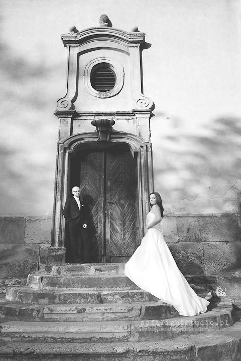 Zdjęcie ze ślubnej sesji plenerowej