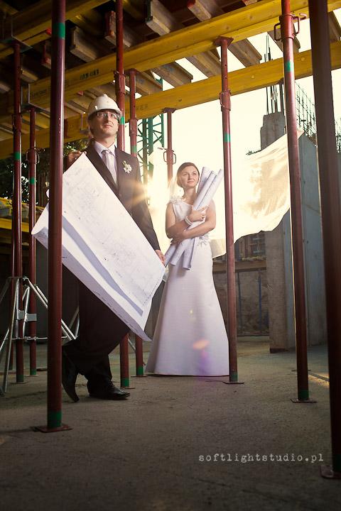 Fotografia ślubna na budowie