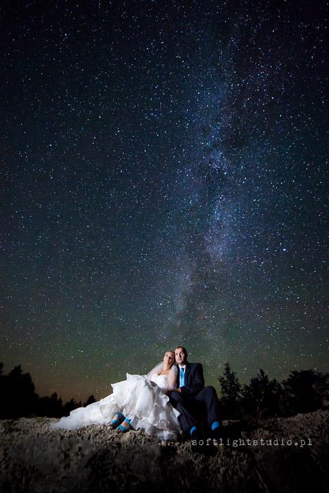 plener ślubny pod gwiazdami
